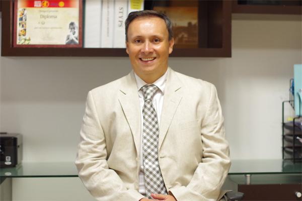 Dr. Hector Perez