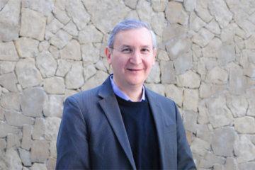 Dr. Miguel Zapata